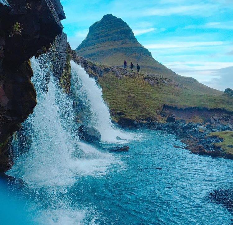 冰島婚紗,海外婚紗,極光,海外婚紗團隊,冰島婚紗攝影,冰島iceland,KirkjufellMountain,主教山