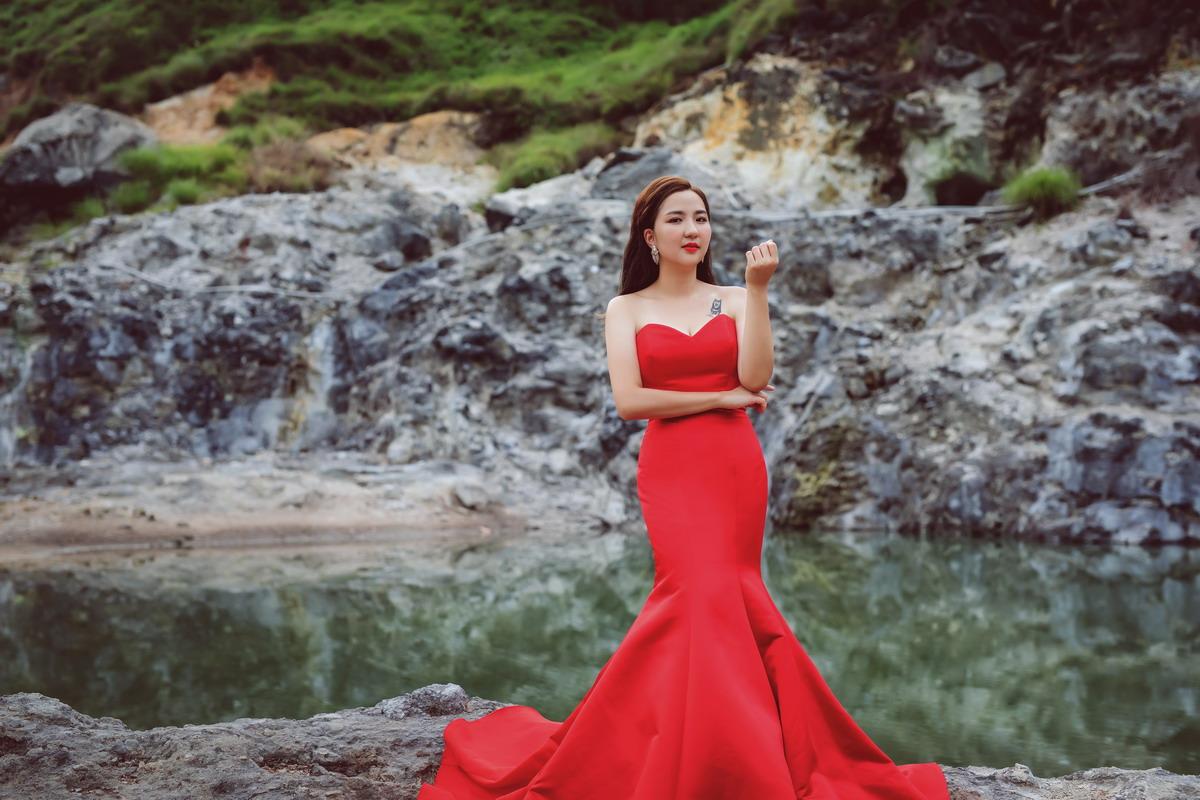 婚紗工作室,婚紗攝影,龍鳳谷,花卉試驗中心,陽明山婚紗,自助婚紗,棚拍婚紗,婚紗工作室